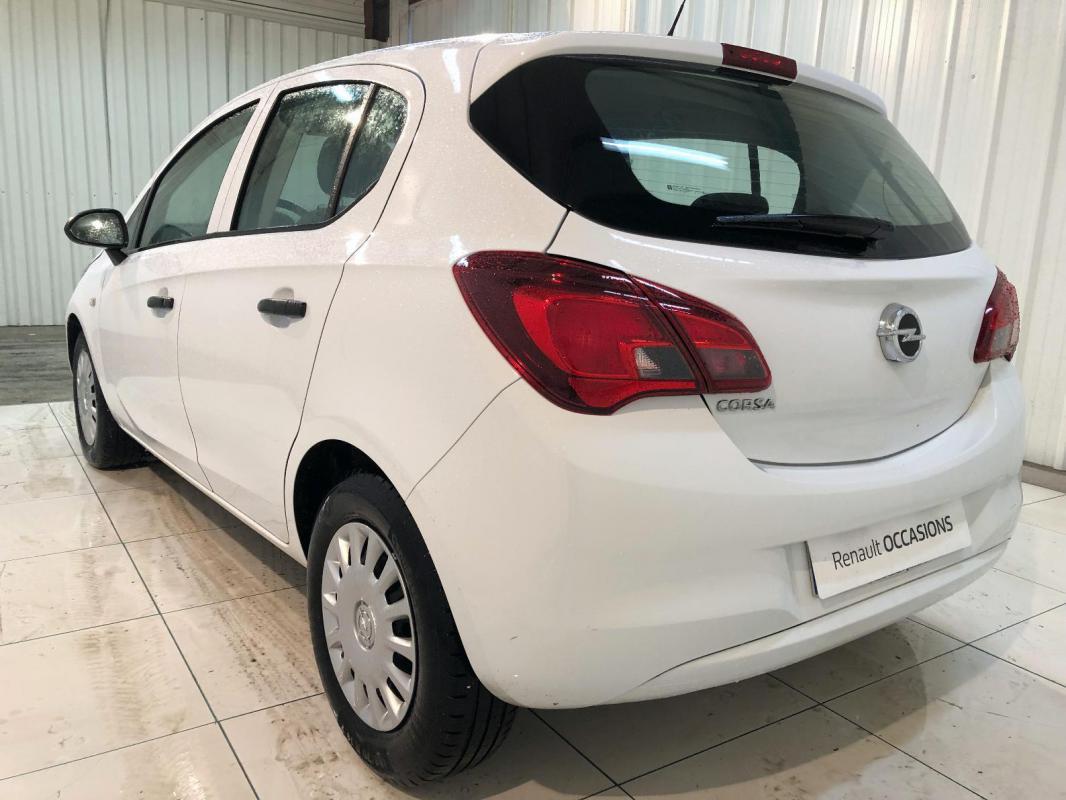 Opel Corsa 1.4 90 ch Essentia