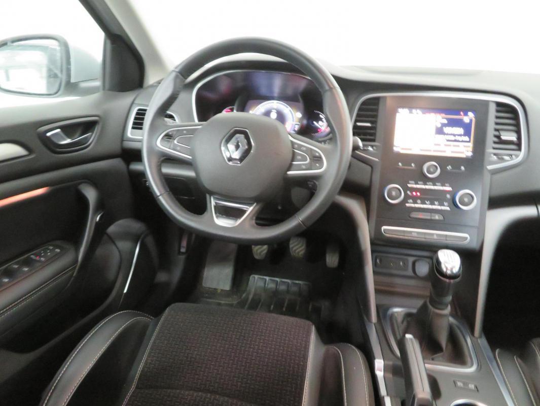 Renault Mégane IV BERLINE dCi 110 Energy Intens