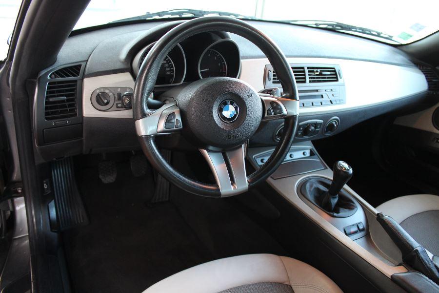 BMW Z4 Roadster 2.2I 170CH