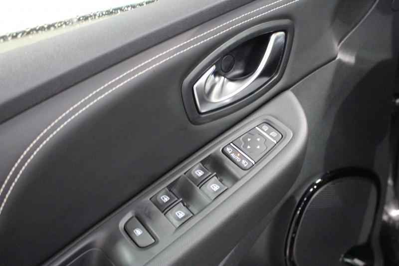 Renault Clio DCI 110 ENERGY INITIALE PARIS