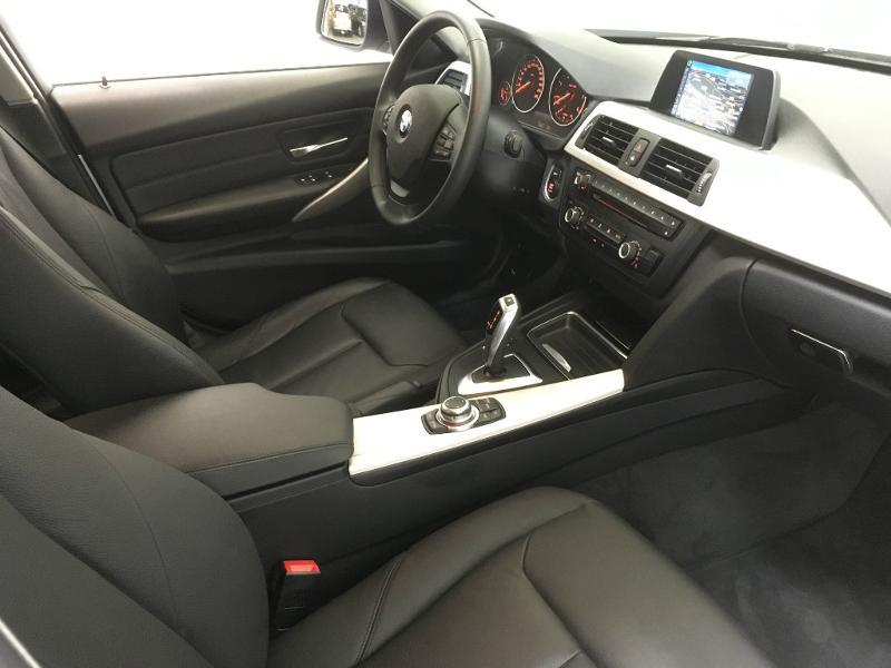 BMW Série 3 318dA 143ch Lounge