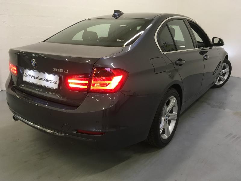 BMW Série 3 318dA 143ch Luxury