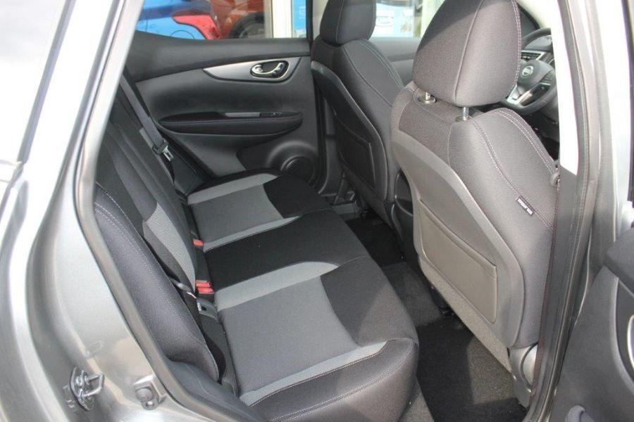 Nissan Qashqai 1.2 DIG-T 115 XTRONIC N-CONNECTA
